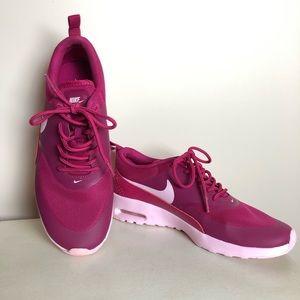 NIKE Air Max Thea Sport Fuchsia/Prism Pink Sneaker